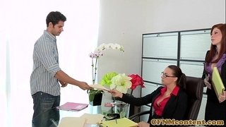 Fiesty-cfnm-babe-Brooklyn-Lee-bj-action