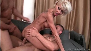 Awesome-milf-DP-2