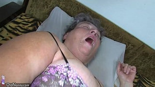 Old-chubby-mom-teaches-her-chubby-younger-woman-masturbating-use-dildo