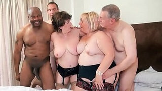 Group-grannies-orgy