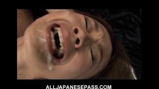 This-fine-Japanese-babe-gets-a-hot-bukkake