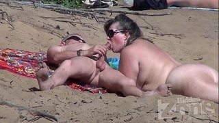 Blowjob-on-a-nudist-beach