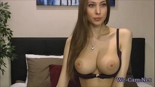 Bigtits-skinny-girl-masturbation-show-on-webcam