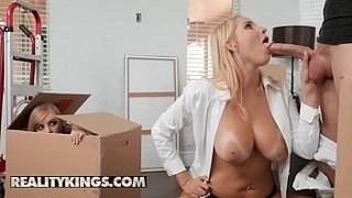 Moms-Bang-Teens---(Vanessa-Cage,-Dolly-Leigh,-Oliver-Flynn)---Moving-Out-Part-2---Reality-Kings