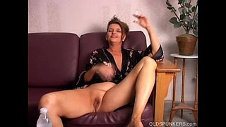 Beautiful-big-tits-old-spunker-playing-with-her-juicy-pussy-for-you