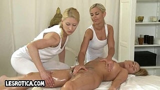 Two-sexy-lesbian-honeys-fingering-a-hot-blonde-babe