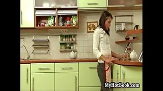 Ilonka-is-in-the-kitchen-preparing-diner-for-her-h