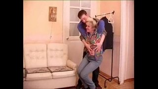 mature-granny-seduces-teenage-boy