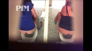 peeing-milf-25collection